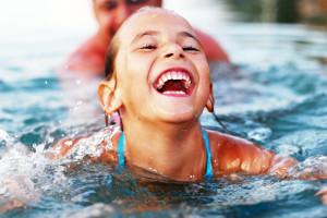 Schwimmkurse für Anfänger bei Schwimmschule Salzburg Bambini